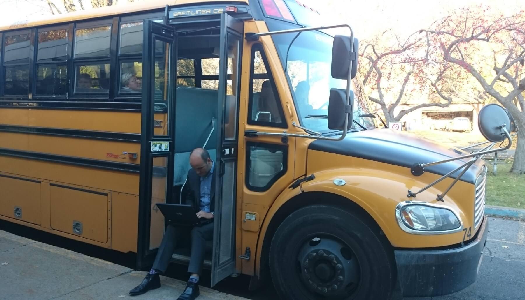 john-bus